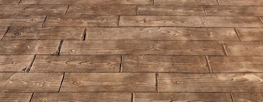 Ștampile din lemn în diferite modele și dimensiuni